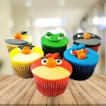 bts_angry_birds_cupcakes