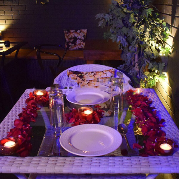 Distinctive Romantic Dining